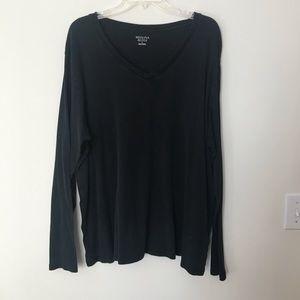 Merona long sleeve v-neck shirt